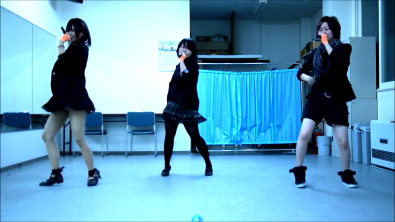 【ETTA】Perfume レーザービーム 踊ってみた【三度&Danろ&SADAKO】 00:29