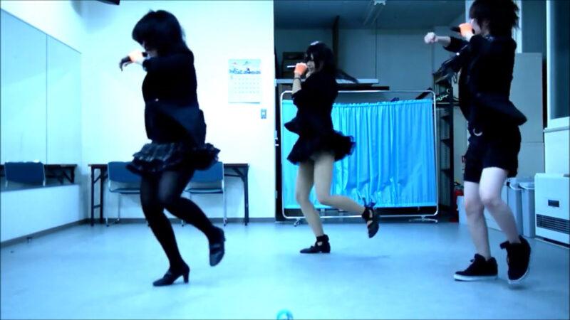 【ETTA】Perfume レーザービーム 踊ってみた【三度&Danろ&SADAKO】 02:16