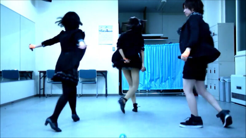 【ETTA】Perfume レーザービーム 踊ってみた【三度&Danろ&SADAKO】 02:38-001