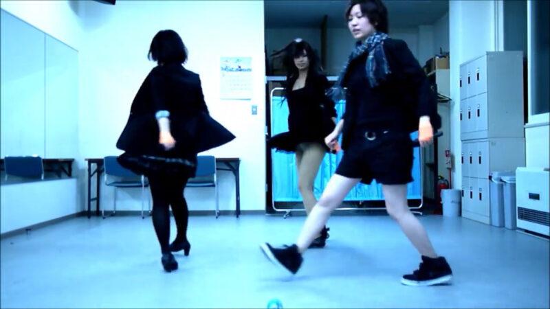 【ETTA】Perfume レーザービーム 踊ってみた【三度&Danろ&SADAKO】 02:38-002