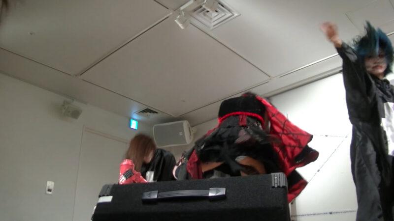 椎名ぴかりん NEWシングル『バババーババウムクーヘン★/下僕 GEBO GEBO !!』ミニライブ 04:01